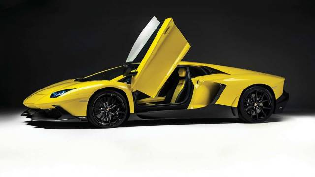 Simcenter Amesim helps Automobili Lamborghini create the Aventador LP700-4 driveline concept design