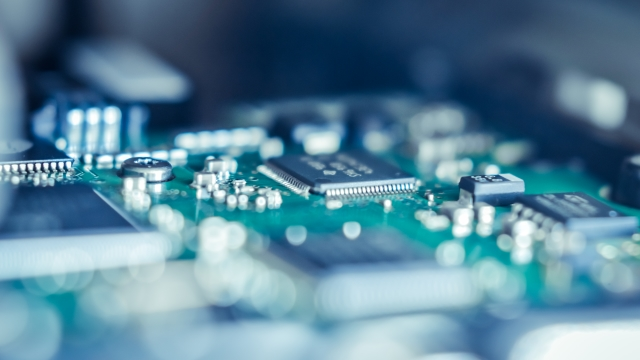 Cost & Compliance Risk Management for Electronics