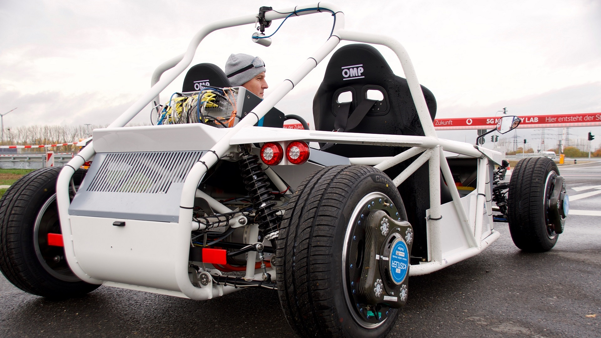 Fully equipped electric vehicle developed for the hands-on part of the master class.