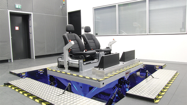 With its fast electric power, the ride simulator at the Mercedes Technology Center at Sindelfingen makes it possible to test drive ride characteristics of future vehicles in full.