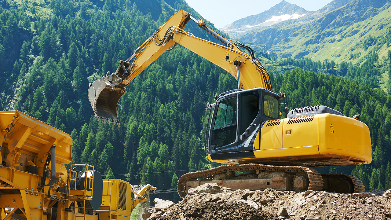 Collaborative Manufacturing for Heavy Equipment