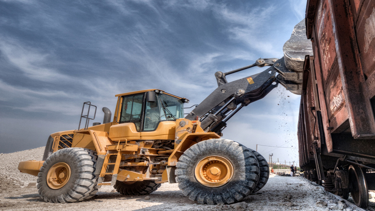 Siemens Digital Industries Software enables heavy equipment manufacturers and suppliers to determine optimal design strategies and analysis methodology.